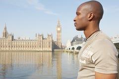 Homem de Touist em Westminster. imagens de stock