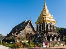 Homem de Wat Chiang, Chiang Mai, Tailândia Imagens de Stock