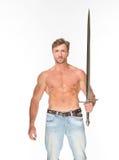 homem Desencapado-chested com espada do katana Imagem de Stock