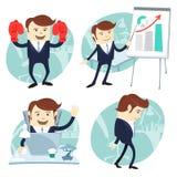 Homem do escritório ajustado: mostrando uma apresentação, trabalhador feliz em sua mesa Imagem de Stock Royalty Free