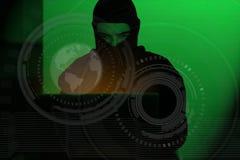 Homem do hacker na camisa do hoodie que datilografa cortando a segurança global do netwok foto de stock