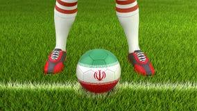 Homem e bola de futebol com bandeira iraniana Imagens de Stock
