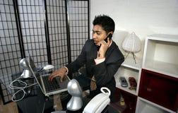 Homem e computador Foto de Stock Royalty Free