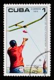 Homem e modelo Aircraft, aniversário 10 do instituto da aviação civil, cerca de 1974 Imagens de Stock