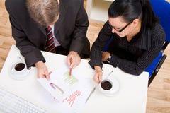Homem e mulher de negócio imagem de stock royalty free