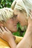 Homem e mulher no parque. Fotos de Stock