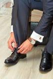 Homem e sapatas foto de stock royalty free