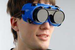 Homem e vidros Fotografia de Stock Royalty Free