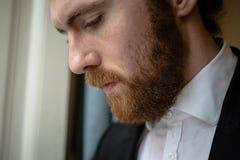 Homem elegante do moderno considerável fotografia de stock