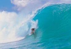 Homem em ondas Foto de Stock Royalty Free