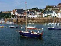 Homem em um barco, Darmouth, Devon, Reino Unido Imagens de Stock Royalty Free