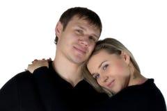 Homem Enamoured e a mulher. O retrato isolado no vagabundos brancos foto de stock royalty free
