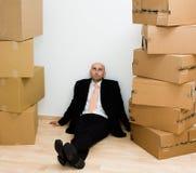 Homem entre caixas fotos de stock royalty free