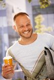 Homem feliz ao ar livre Foto de Stock