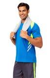 Homem feliz com a toalha em torno do pescoço Fotos de Stock Royalty Free