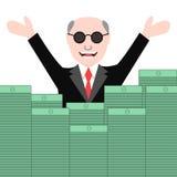 Homem feliz no terno com as pilhas de dinheiro Imagens de Stock