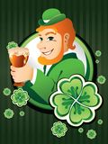 Homem irlandês com cerveja Fotografia de Stock