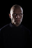 Homem irritado com olhos maus Fotografia de Stock Royalty Free