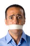 Homem maduro com camisa azul, boca fechada Fotos de Stock Royalty Free