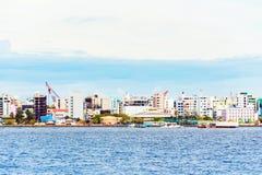 HOMEM, MALDIVAS - NOVEMBRO, 27, 2016: Vista da cidade do homem fotografia de stock