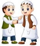 Homem muçulmano que agita as mãos Fotos de Stock