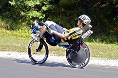 Homem na bicicleta de Recumbant Fotografia de Stock Royalty Free