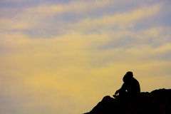 Homem na montanha Foto de Stock Royalty Free