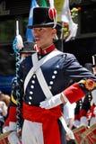 Homem na parada do traje do soldado Imagem de Stock
