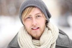 Homem na roupa do inverno Foto de Stock Royalty Free