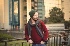 Homem na rua fotos de stock