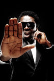 Homem negro da escolta Fotos de Stock Royalty Free