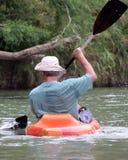Homem no caiaque Foto de Stock