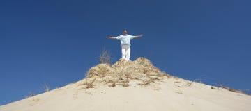 Homem no monte Imagem de Stock