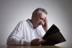 Homem no pensamento profundo Foto de Stock