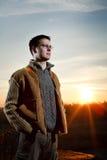 Homem no por do sol Fotografia de Stock
