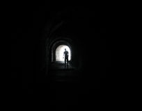 Homem no túnel Fotografia de Stock Royalty Free