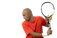 Homem novo atrativo que joga o retrato do tênis Imagem de Stock