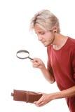 Homem novo com carteira vazia Imagem de Stock Royalty Free