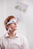 Homem novo com vidros 3d Imagens de Stock Royalty Free