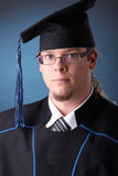 Homem novo da graduação Fotos de Stock Royalty Free