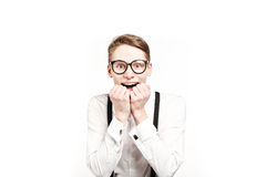 Homem novo em surpresas e em choque dos vidros Imagem de Stock Royalty Free