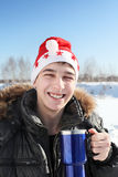 Homem novo no chapéu de Santa Foto de Stock