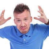 Homem novo ocasional confuso Foto de Stock