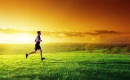 Homem novo running Foto de Stock Royalty Free