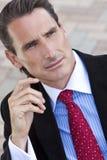 Homem ou homem de negócios envelhecido médio considerável foto de stock