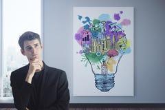 Homem pensativo com esboço do negócio Imagens de Stock Royalty Free