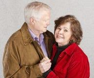Homem que admira sua esposa Foto de Stock Royalty Free