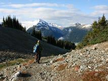 Homem que caminha no parque provincial de Garibaldi Imagem de Stock Royalty Free