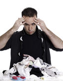 Homem que classifica a lavanderia Foto de Stock Royalty Free
