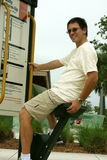 Homem que exercita no parque fotos de stock royalty free